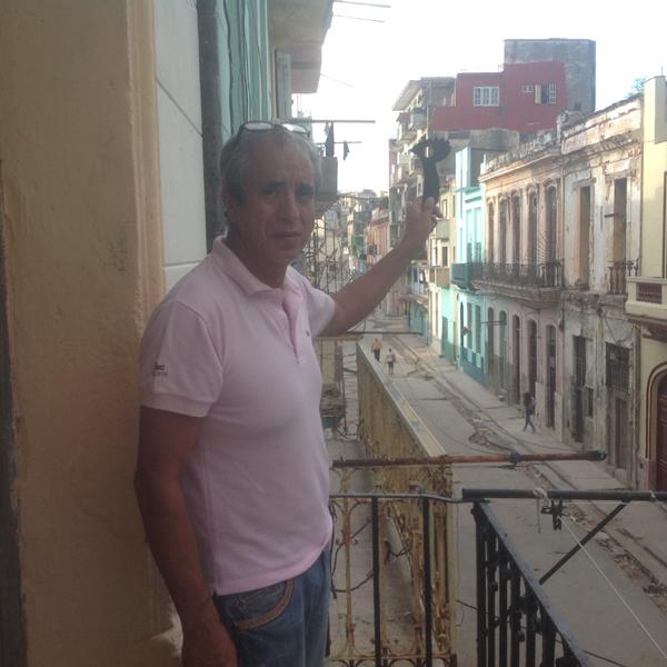 Defender in Cuba 600 pix v2